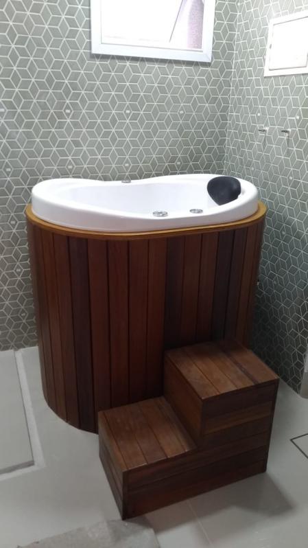Banheira com Assento Trindade - Banheira de Hidro