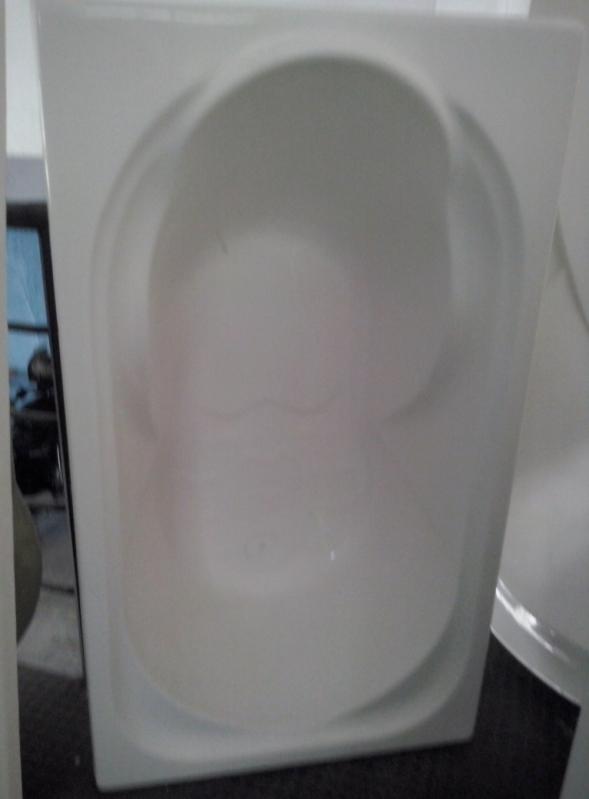 Instalação de Banheira Simples Santo Antônio do Descoberto - Instalação de Banheira Hidro Ouro Fino