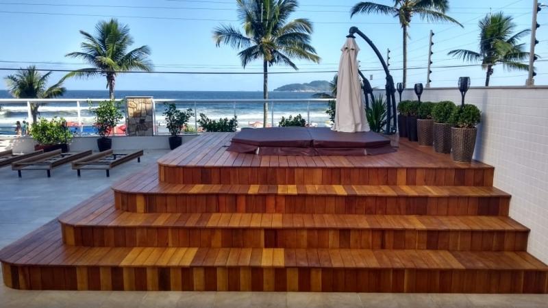Loja para Comprar Banheira Spa Itaquaquecetuba - Comprar Banheira Spa com Deck