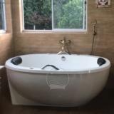 banheiras com suporte Sombrio