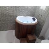 fabricante de banheira com assento