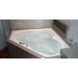 instalação de banheira de canto em hotel
