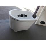 loja de banheira hidro pequena